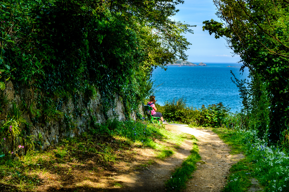 Peaceful rest in guernsey